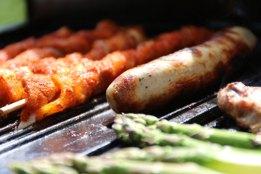 Lecker Grillfleisch für Herbst-Grillaktionen